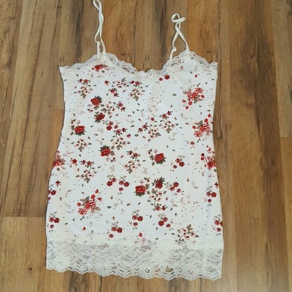Rue21 Tops - Rue21 Size Small Floral Lace Trim Cami